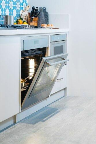 Single Wall Oven 30'' Stainless Steel ME301WS